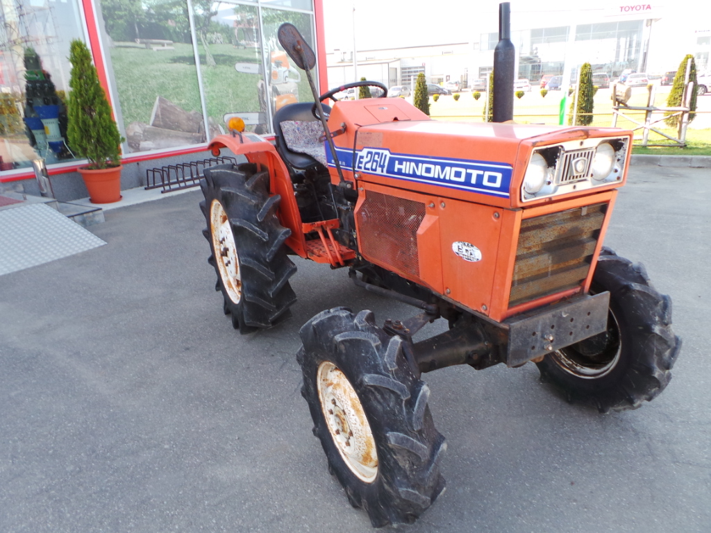 Tractor Second Hand Hinomoto E264, 26 CP, 4x4
