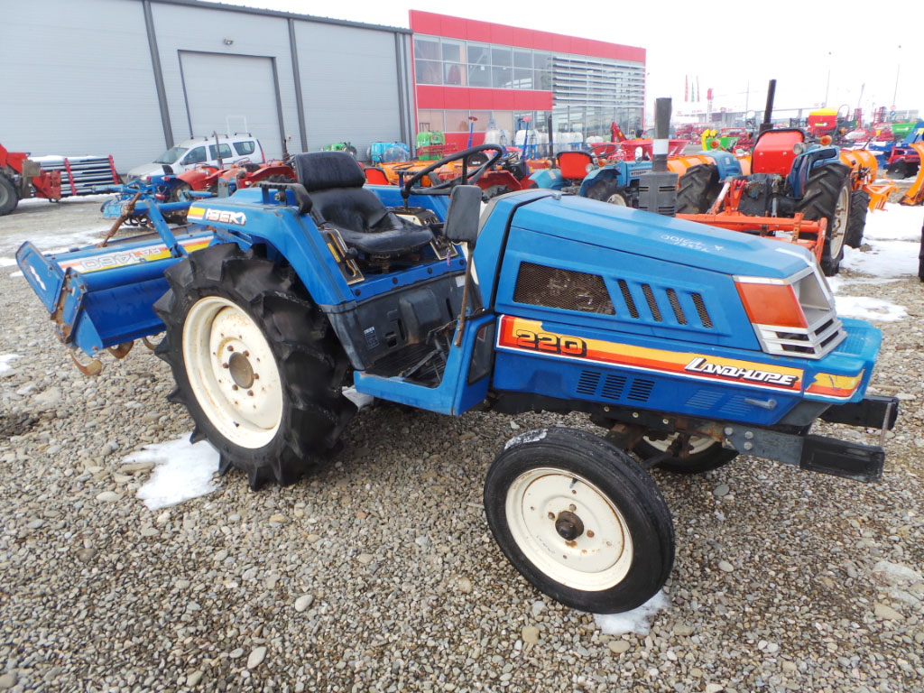 Tractor Second Hand ISEKI LANDHOPE 220, 22 CP, 4x2
