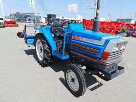 Tractor Second Hand ISEKI model TA 230 , 22 CP, 4x2