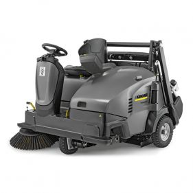 Masina de maturat cu post de conducere Karcher Professional model KM 125/130 R D+KSSB